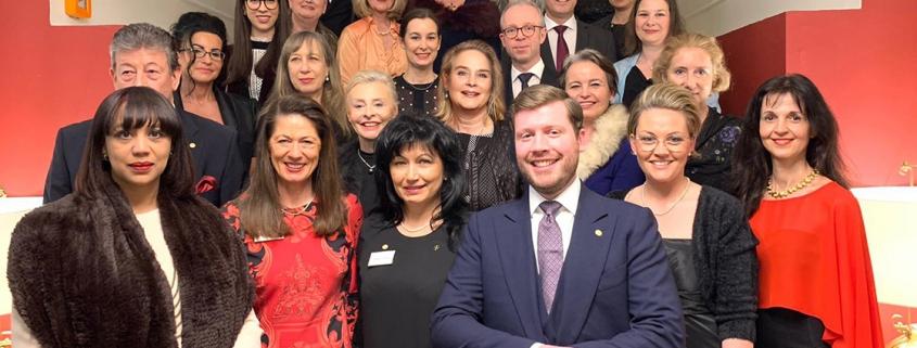 Gruppenfoto der Deutschen Knigge Gesellschaft 2020